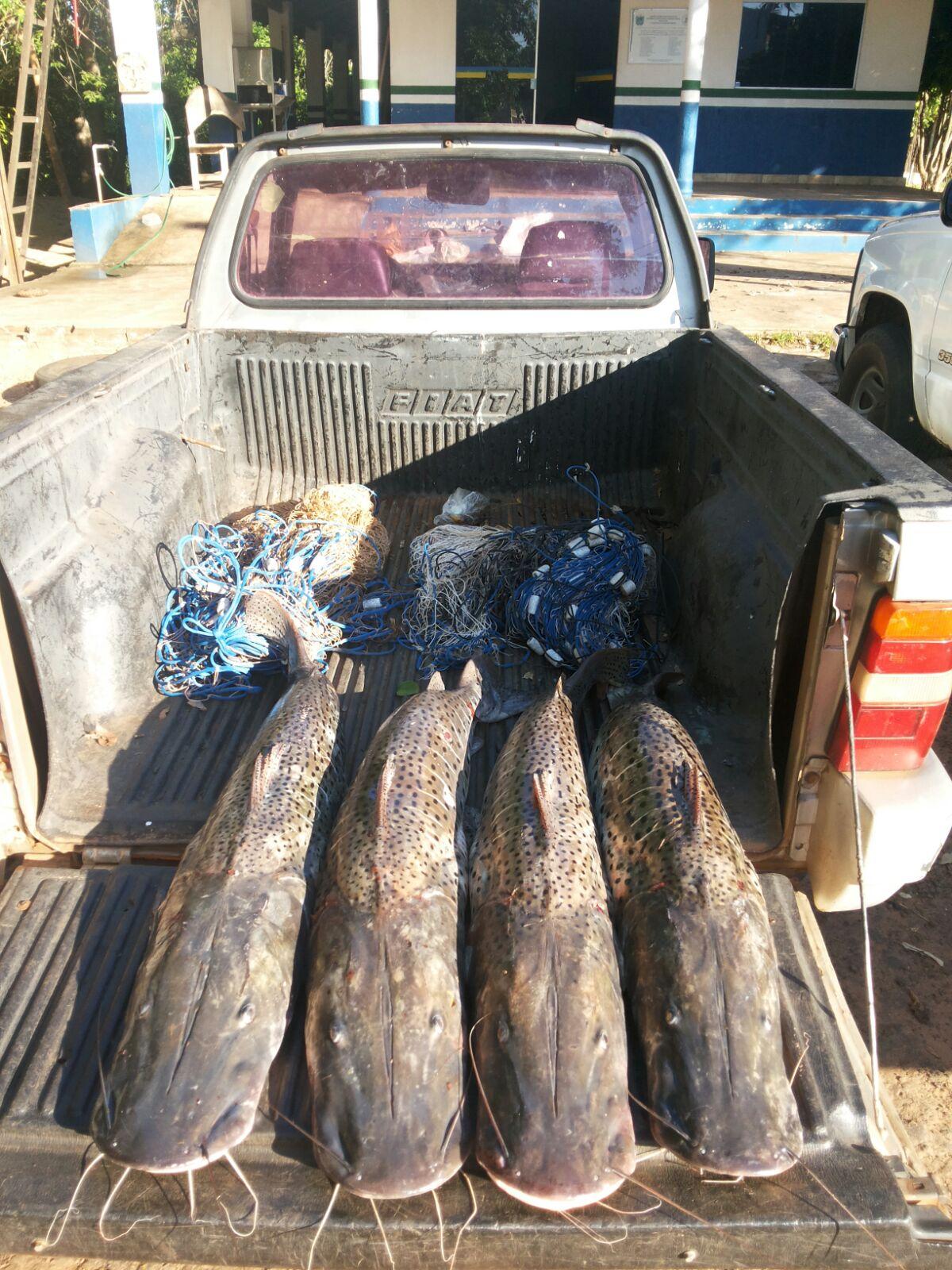 veículo-e-pescado-apreendidos-Piracema-PMA-Aquidauana-10-nov